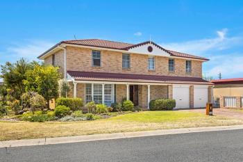 3 Kruger Ave, Windang, NSW 2528