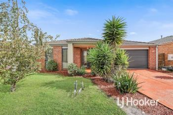 27 Tyndall St, Cranbourne East, VIC 3977