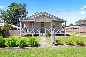 13 Queen St, Moruya, NSW 2537