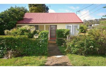 42 Catalina Ave, Katoomba, NSW 2780