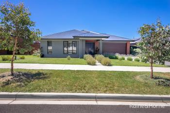 4 Filly Cct, Sunbury, VIC 3429