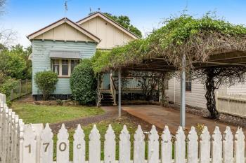 170C South St, Centenary Heights, QLD 4350