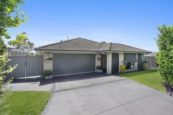 8 Portabello Cres, Thornton, NSW 2322