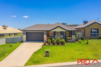 13 Brushbox Gr, Tamworth, NSW 2340
