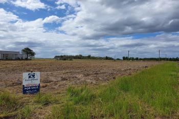 61 Atwells Rd, Farnsfield, QLD 4660