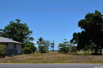 84 Taylor St, Tully Heads, QLD 4854