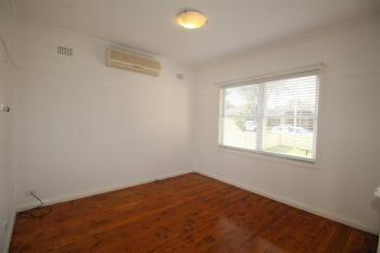 15 Wilbur St, Greenacre, NSW 2190