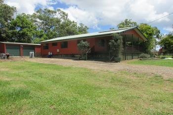 8 Double Bay St, Macleay Island, QLD 4184