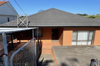 15 Malcolm Ave, Cringila, NSW 2502