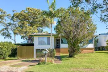 6 Kingaroy St, Stafford Heights, QLD 4053