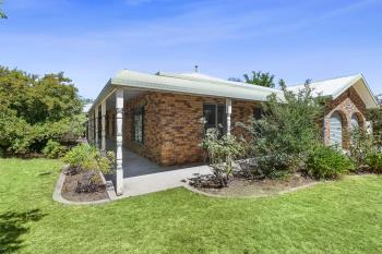1 Elm Way, Jerrabomberra, NSW 2619