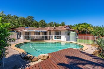 8 Woodstock Ct, Parkwood, QLD 4214
