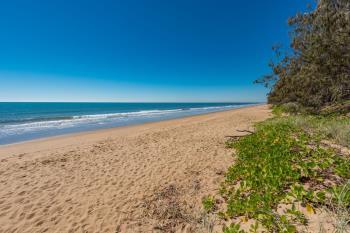 50 Acacia St, Moore Park Beach, QLD 4670