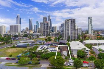 10 Pine Ave, Surfers Paradise, QLD 4217