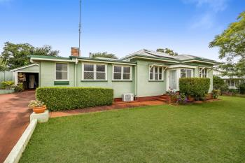 198a South St, Centenary Heights, QLD 4350