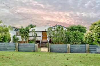 15 Shackleton St, Kedron, QLD 4031
