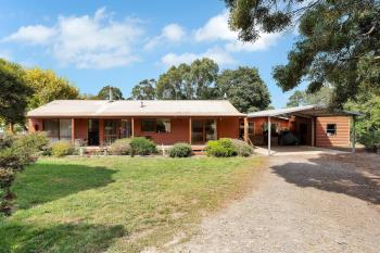 2 Odonnell St, Gordon, VIC 3345
