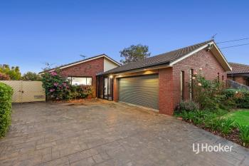 12 Sturrock Ct, Altona Meadows, VIC 3028