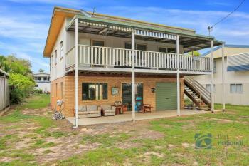 13  Esp, Woodgate, QLD 4660