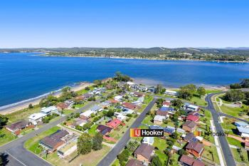 27 Wallaringa St, Surfside, NSW 2536
