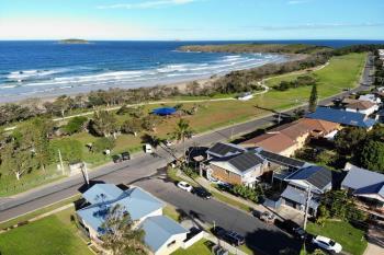 42 Sandy Beach Dr, Sandy Beach, NSW 2456