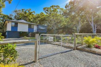 220 Centre Rd, Russell Island, QLD 4184
