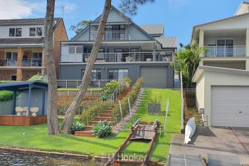 124 Sealand Rd, Fishing Point, NSW 2283