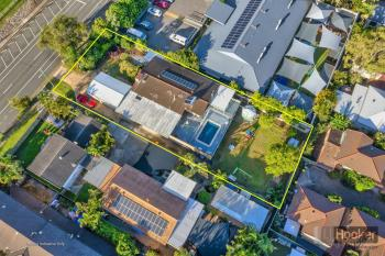82 Imperial Pde, Labrador, QLD 4215