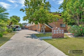 8/33 Middle St, Labrador, QLD 4215