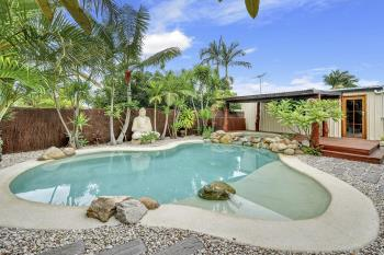 11 Sycamore Pde, Victoria Point, QLD 4165