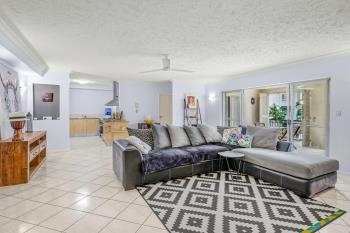1311/2 Greenslopes St, Cairns North, QLD 4870