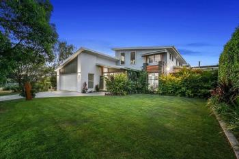 2 Red Gum Cres, Wakerley, QLD 4154