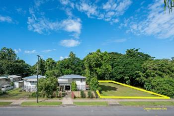 196 Pease St, Manoora, QLD 4870