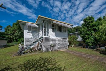 200 Pease St, Manoora, QLD 4870