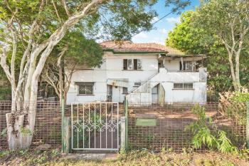 166 Prince Edward Pde, Scarborough, QLD 4020