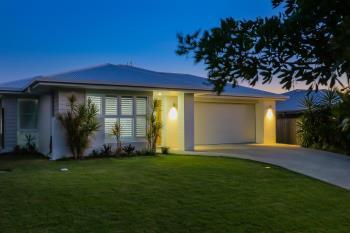 5 Laceflower Pde, Casuarina, NSW 2487