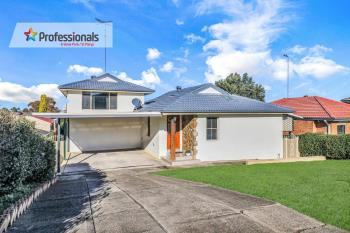 18 Strauss Rd, St Clair, NSW 2759