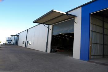 Warehouse /207 Mcdougall St, Wilsonton, QLD 4350