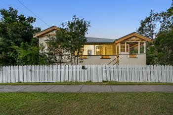 16 Waghorn St, Woodend, QLD 4305