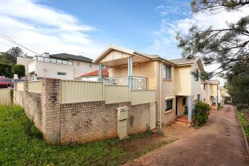 1/136 Greenacre Rd, Greenacre, NSW 2190