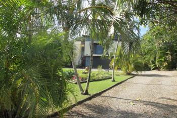 4 Quail Pl, Macleay Island, QLD 4184
