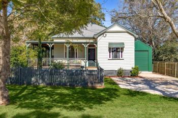 12 Stephen St, South Toowoomba, QLD 4350