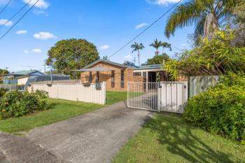 2 Moore Pl, Urunga, NSW 2455