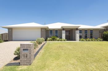 19 Renshaw Cres, Kearneys Spring, QLD 4350