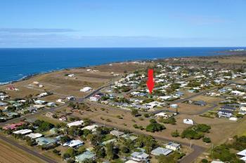 9 Cove St, Burnett Heads, QLD 4670