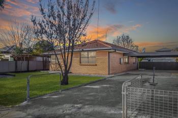 17 Maiden St, Moama, NSW 2731