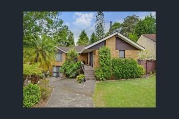 4 Gleneagles Cres, Hornsby, NSW 2077