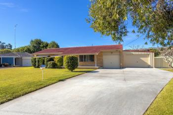 13 Whitby Cl, Taree, NSW 2430