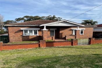 61 Bridge St, Coniston, NSW 2500