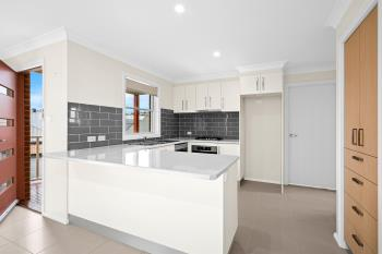 a/13a Curramore Tce, Tullimbar, NSW 2527
